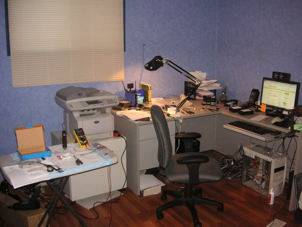 My home lab where I build IU Chip Programmers